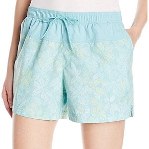 NWT Columbia Sandy River Printed Shorts